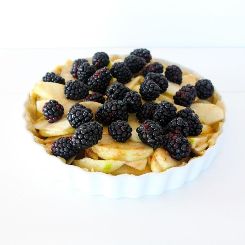 Apple Black Berry Pie